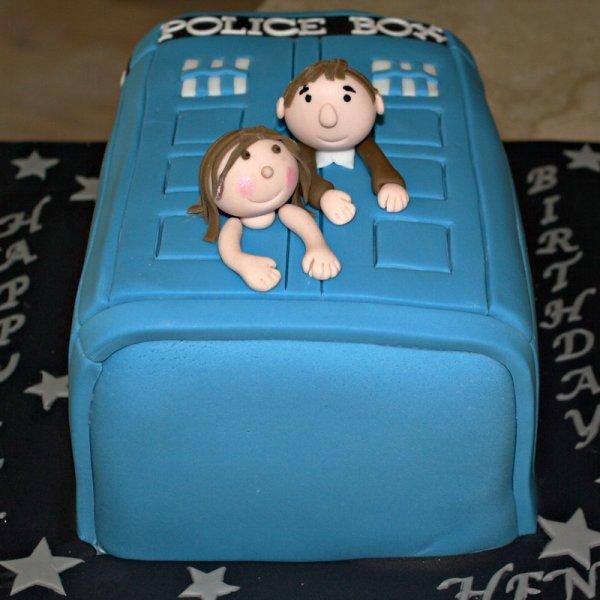 Surprising Delicieux Cakes Birthday Cakes Funny Birthday Cards Online Alyptdamsfinfo